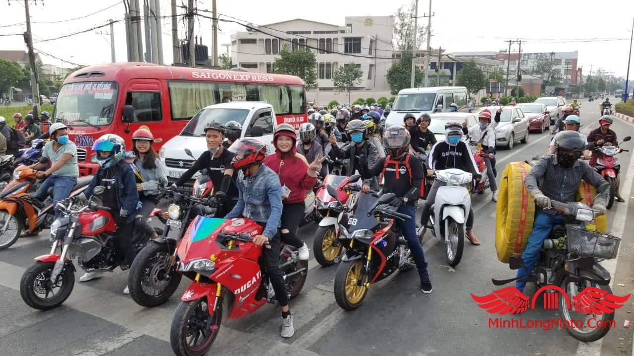 từ thiện mây ngàn minh long moto (17)