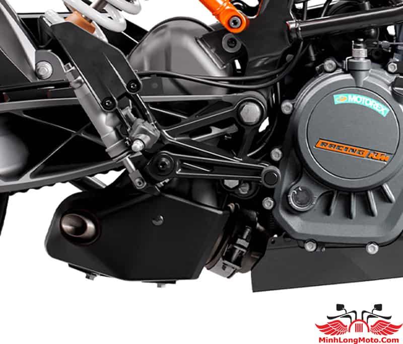 Động cơ KTM Duke 200