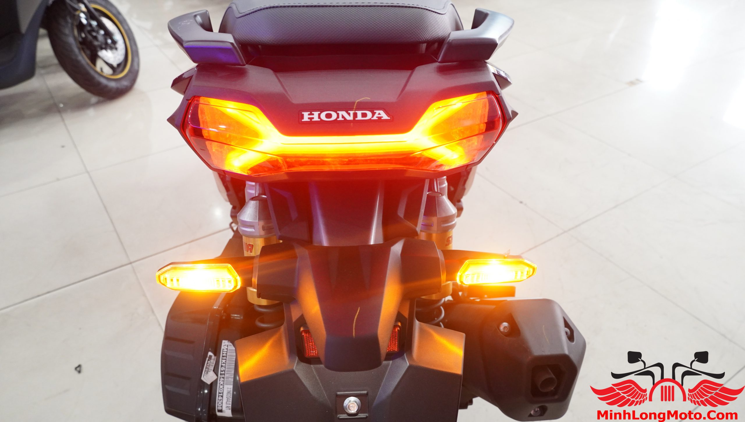 xi nhan Honda ADV 150 2020