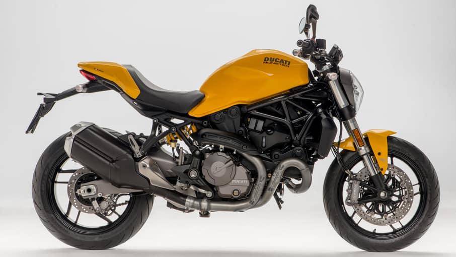 Ducati Moster 821 màu vàng