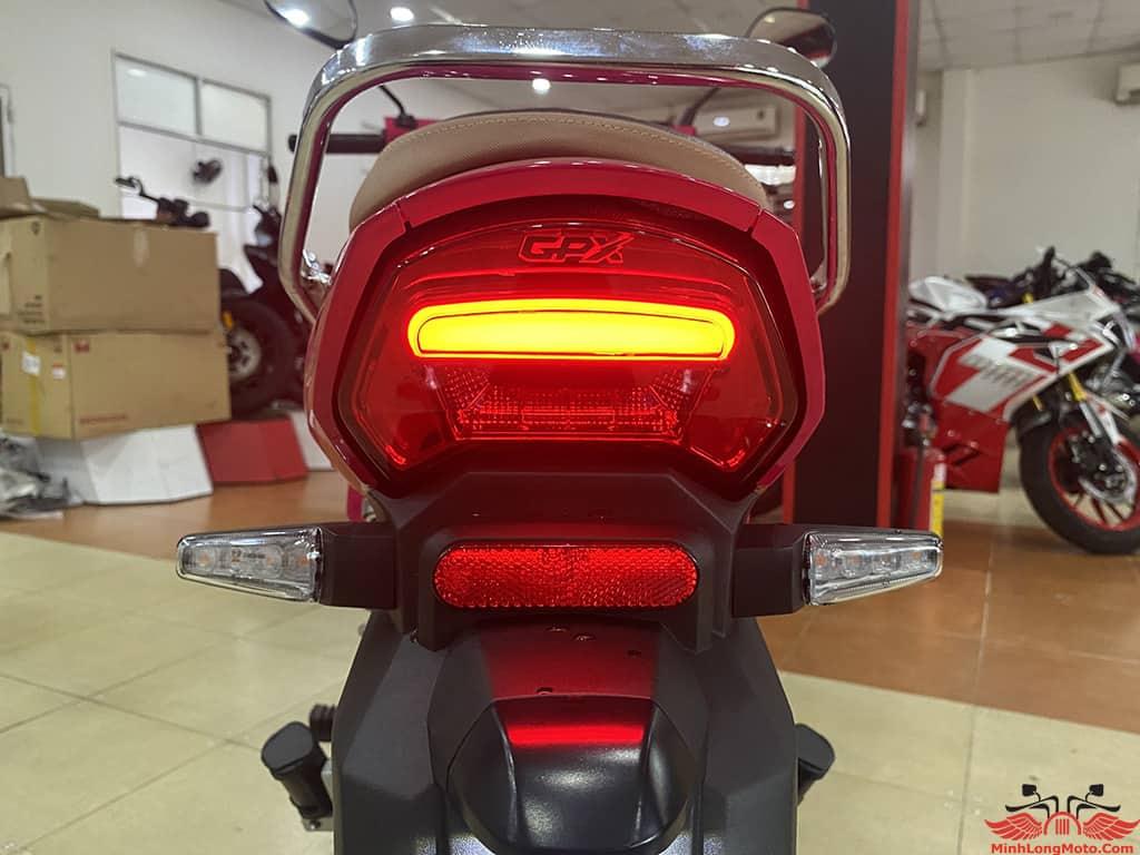 Đèn sau dạng LED của GPX Rock 110