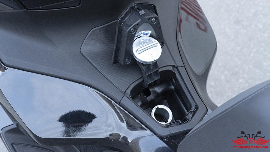 bình xăng PCX 160 có dung tích 30 lít